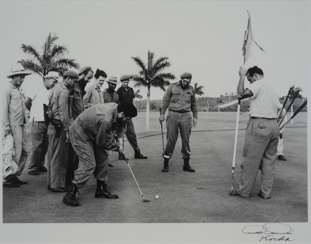 Che Guevara and Fidel Castro playing golf to mock Eisenhower, 1962